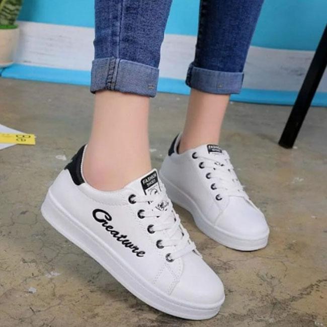 DISTROBOGOR Sepatu Kets Wanita/Pria Greature / Sepatu Santai Putih Hitam / Sepatu Santai