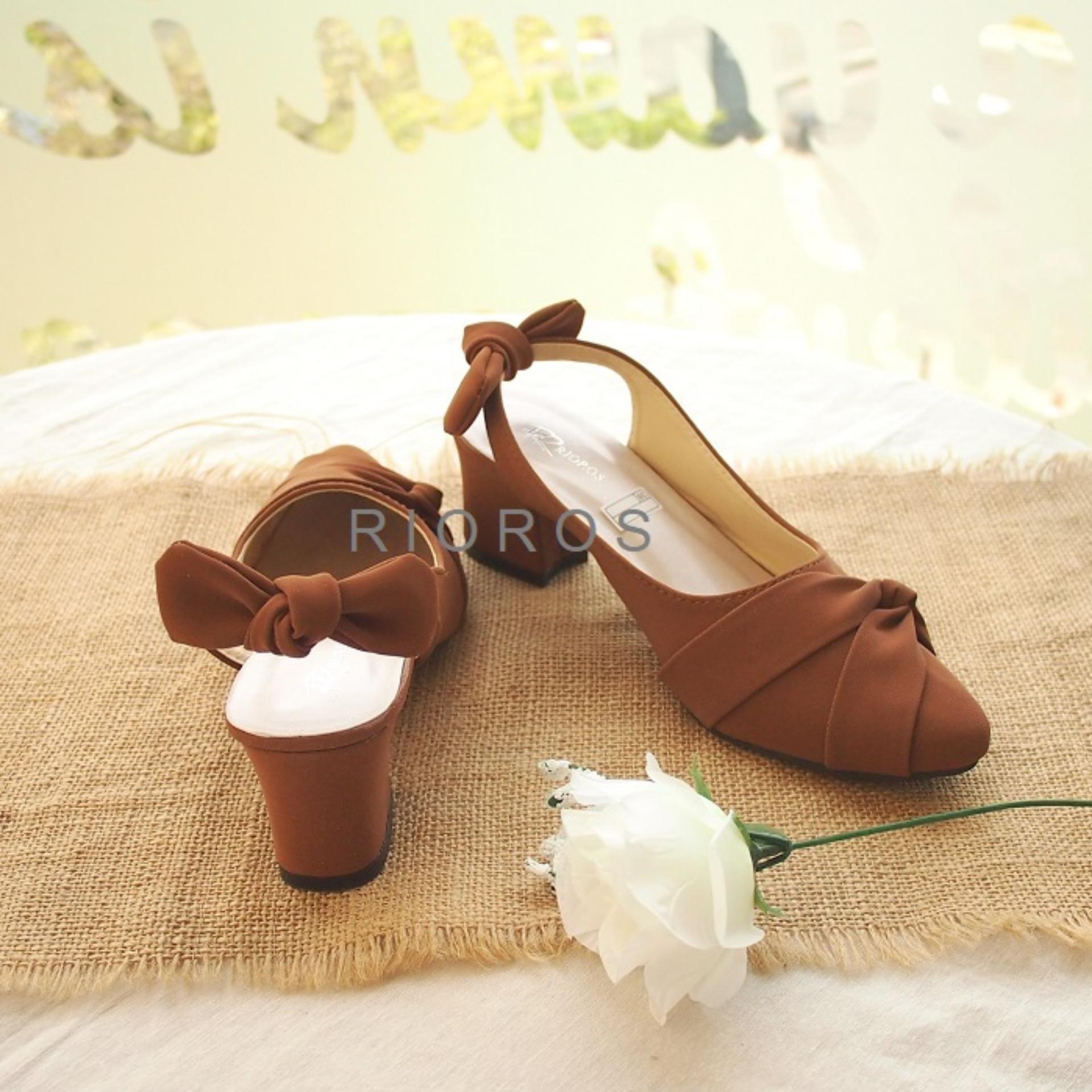 Rioros - Sepatu Wanita Hak Tahu Suade Pita Belakang Ilena - Tan