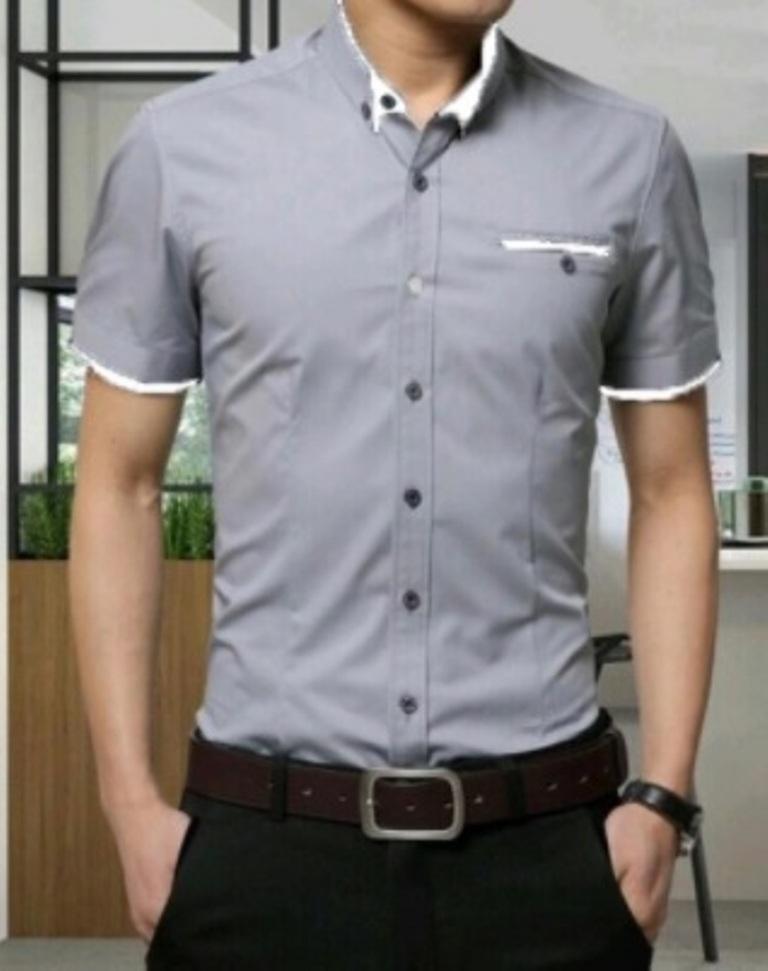 Azure Hem BOYIE Baju Kerja Casual Pria Lengan Pendek Atasan Kemeja Polos Slimfit Hitam Putih Maroon