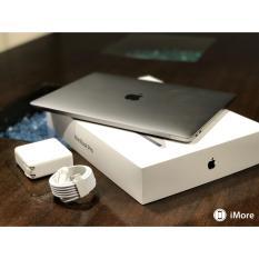 Apple MacBook Pro MLW82 Silver - Touch Bar - 512GB - 16GB - GARANSI 2 TAHUN
