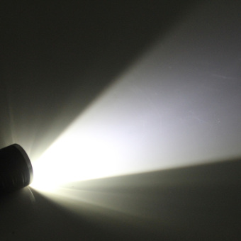 Zweihnder XKL-01 Waterproof 120lm 3-Mode 1xCree XP-E R2 White Light Zoom LED Flashlight - Black (1 x 14500)