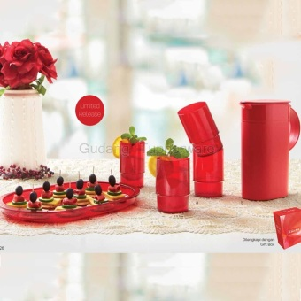 Tupperware Classy Red Collection