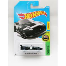 Hotwheels 15 Jaguar F-Type Project 7 - hitam