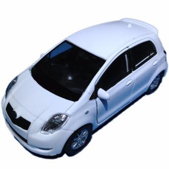 Diecast Toyota Yaris White. >>>>