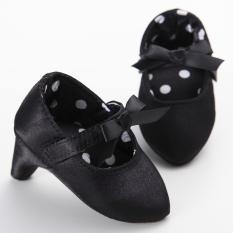 S1579 Jabang Bayi Bertumit Tinggi Melumuri Kapas Lembut Ambil Foto Lucu Foto Sepatu Satu-Satunya