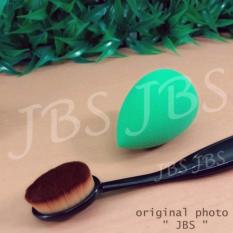 Paket Kuas Beauty Blender - 1 Pcs - Oval Brush / Kuas Make Up Oval Brush / Oval Foundation Brush / Kuas Make Up And Spon Make Up - Multi Colour