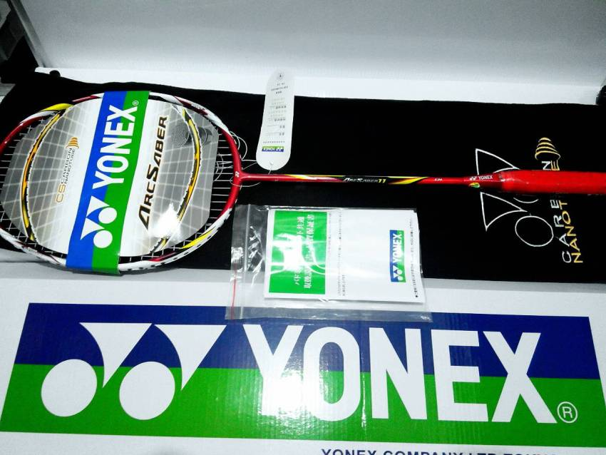 Raket Yonex ArcSaber 11 Edition Carbon CS NanoTube Edition