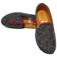 Binev Sepatu Slip On Wanita Develop 006 - Gray