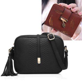 Fashion tas kecil selempang bahu rumbai wanita kulit PU + dompet kecil berlubang daun (hitam