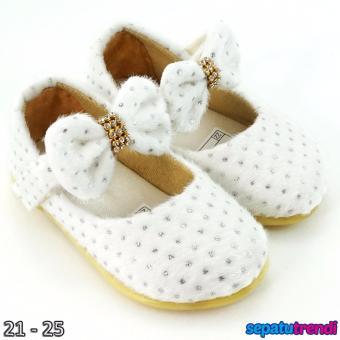 Trendishoes Sepatu Anak Bayi Perempuan Slip On Cantik Elegan ... 543fd92b5c