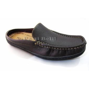 Bata Sepatu Pria Casual Open Back 811-4042 Coklat Tua