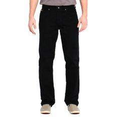 Lee Cooper Celana Panjang Pria Regular Fit Hitam LC 110