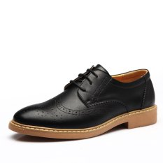 Men Leather Shoes Vintage Carving Brogue Oxford Shoes Men Casual Flats Shoes (Intl)