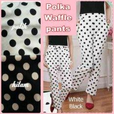 Polka Waffle Pants Warna Putih