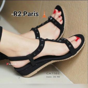 R2 Paris Sepatu Sandal Kovic Studed - Hitam