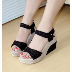 Sepatu Wanita Wedges Brukat Hitam