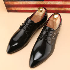 Tidog The New England Man Pointed Shoes Carved Trend Korea Stylist Leather Shoes Men's Wedding Shoes