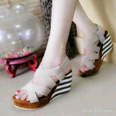 Wedges RM69 - Sepatu Wedges Belang - Belang Coklat Muda