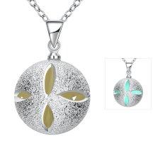 2016 Popular Noctilucent Necklace (Green) - Intl