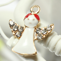 5pcs Gold Enamel Christmas Xmas Gifts Snowflake Charm Pendants Jewelry Findings Angel - Intl