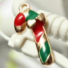 5pcs Gold Enamel Christmas Xmas Gifts Snowflake Charm Pendants Jewelry Findings Candy Bar - Intl
