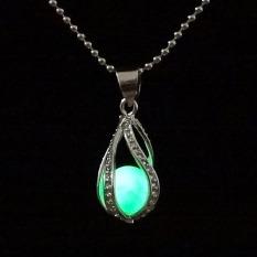 Amart Fashion Teardrop Necklace Glow In The Dark Pendant (Green) - Intl