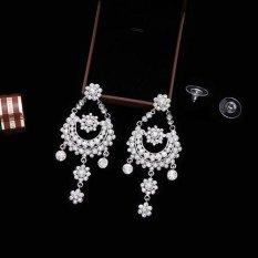 Amefurashi Anting Korea Angel Wing Golden Stud Earring Beauty. Source · Bluelans® Women Fashion Rhinestone Flower Shape Pendant Dangle Earrings Wedding ...