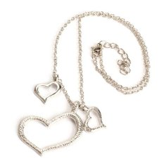 Fashion Silver Sweet Heart Love Charm Pendant Necklace Alloy (Silver) (Intl)