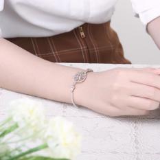 H384 Handmade Women European Charm Silver Bracelet (Intl)