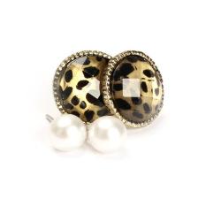 HKS 2 Pair Of Retro Vintage Leopard Round Stone White Pearl Ear Studs Earrings (Intl)