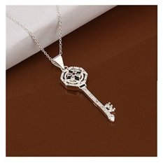ILife NYKKOLA Jewellery Beautiful Fashion 925 Silver Classic Crystal Key Pendant Necklace Silver