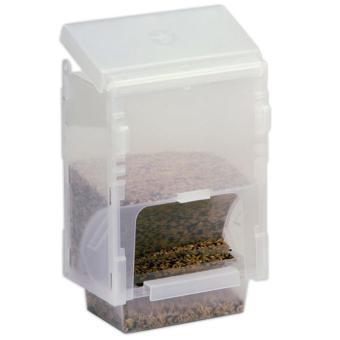 External Pakan burung dispenser bisa menampung 1kg pakan lebih.