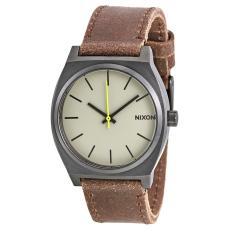 Nixon Mens Watch NWT + Warranty A0451388