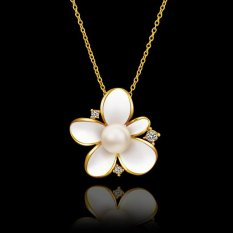 OEM Ladies Charm 24K Gold Plated Fashion Pearl Butterfly Elegant Pendant Necklace (Intl)