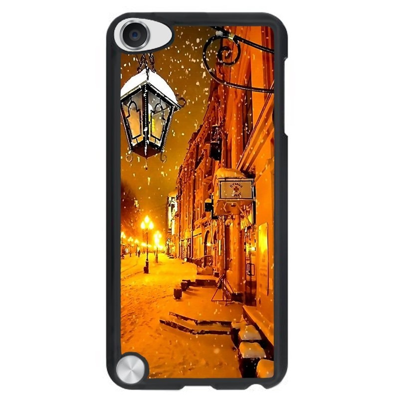 Y&M Cell Phone Case For iPod Touch 5 Warm Light Winter Night Pattern Cover (Multicolor)