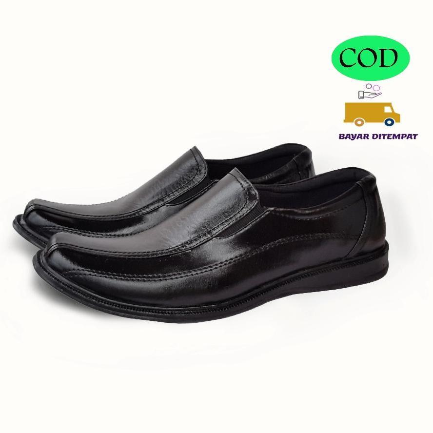 Arjun TZ900 Sepatu Fantofel Hitam Trendy