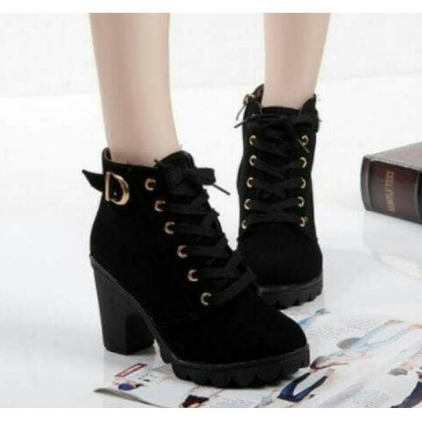 Sepatu Boot Heels Wanita S233B - Black