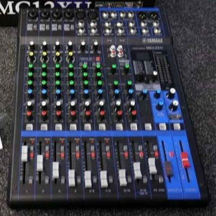 ORIGINALS  Mixer Yamaha MG 12 XU / Yamaha Mixer MG 12XU