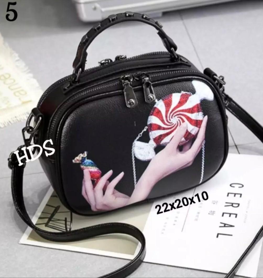 Hafiza store Sling bag / tas selempang wanita / tas karakter LUKIS