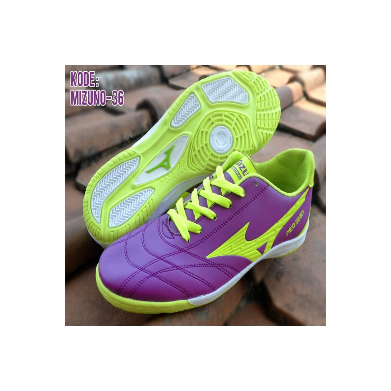 Sepatu Futsal Mizuno KW 1 Kode Mizuno 36