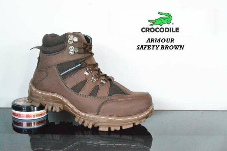 Sepatu Ankle Boots Stylish N Kokoh Pria / Crocodile Safety Armour Termurah - Brown