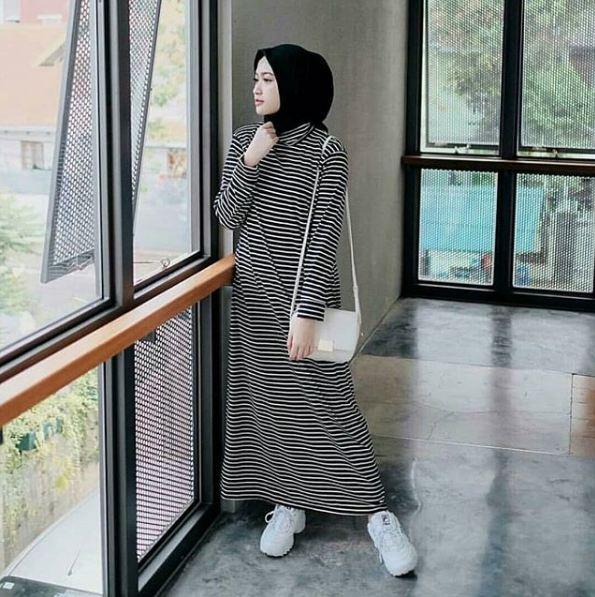 Baju Muslim Original Gamis Stripi Maxi Modern Wanita Promo