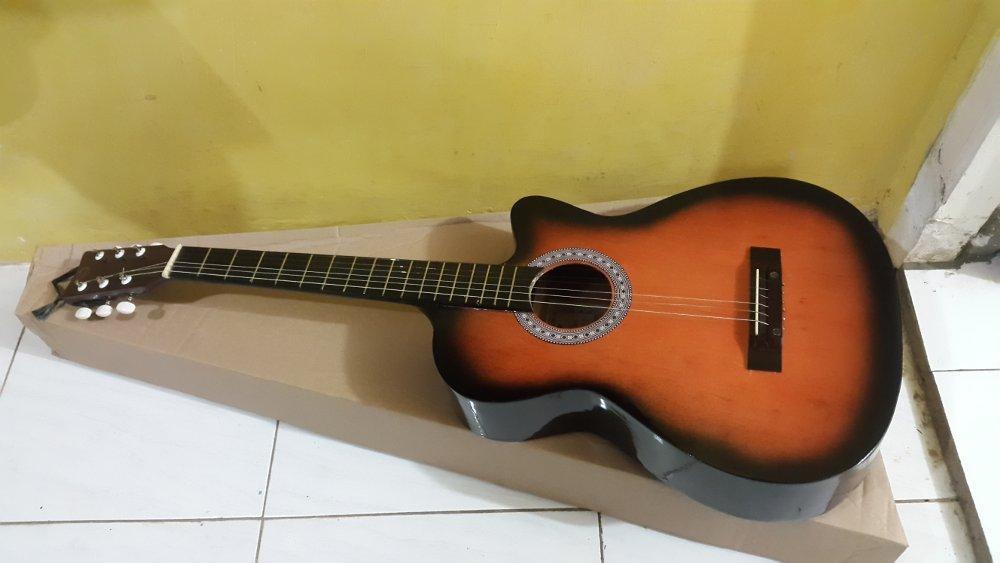 Gitar Akustik Murah Striingg Di Lapak ALfariziMart Achmadsyukrifarizi
