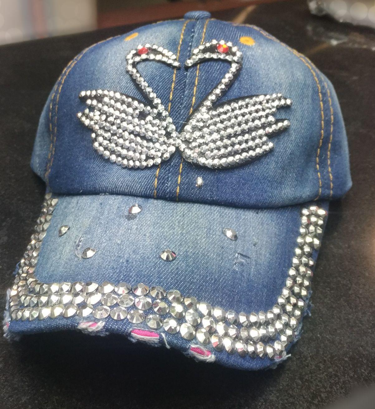 Princess Wardrobe - Topi Fashion Korea [ SWAN ] / Topi Blink Bling / Shiny Hats / Topi Import