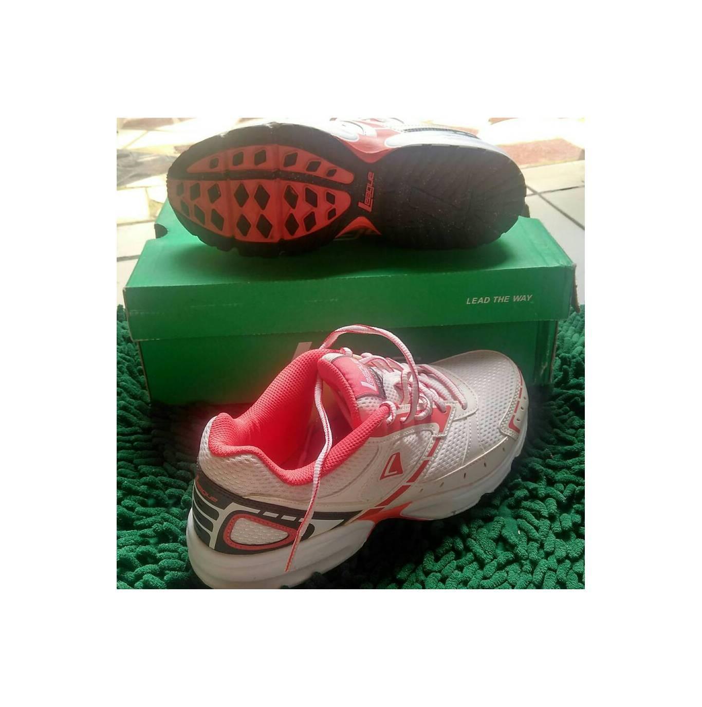 League Legas Series Iron La W Sepatu Lari Wanita Dark Gull Grey Koga Black Green Running Shoes Decra 3w Originalidr305600 Rp 343200