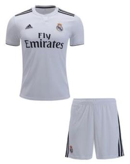 ... Ukuran S M L XL. Source · Pencarian Termurah VERICHI - Setelan Jersey Bola Replica Shirt Jersey Real Madrid Home, Away 2018