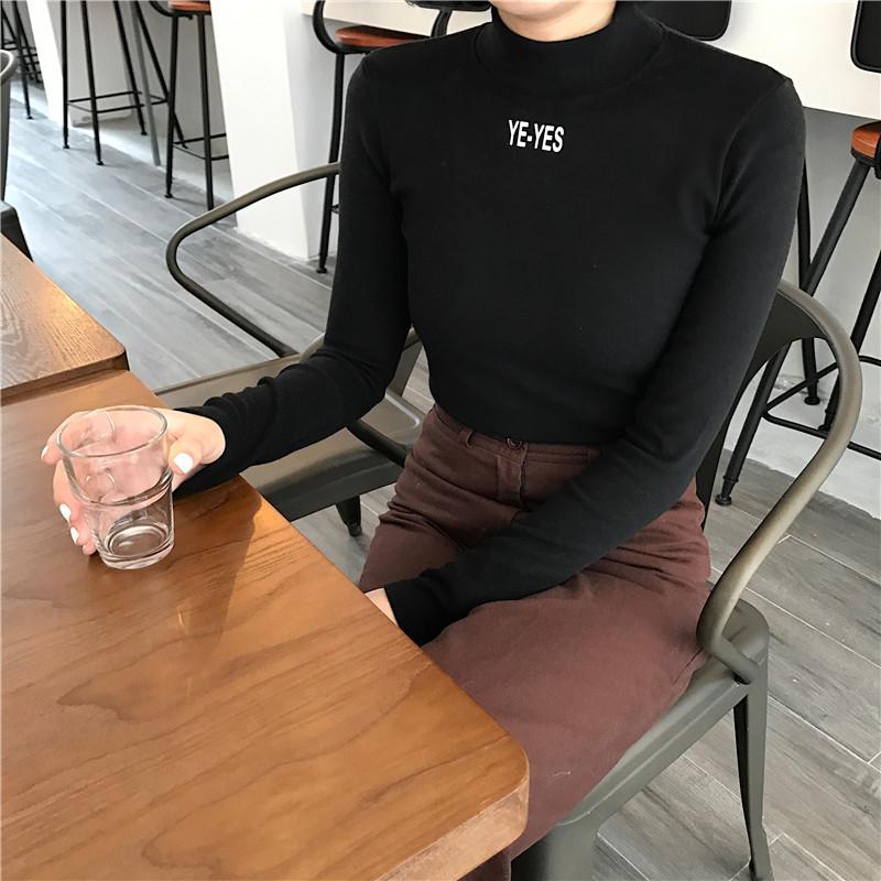 Musim Gugur atau Musim Dingin Tambah Beludru Hitam Perempuan Lengan Panjang Baju Musim Gugur Baju Dalaman