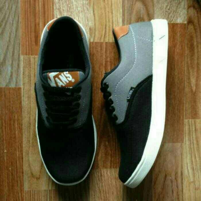 ORIGINAL!!! Sepatu Sport Vans New Hitam Abu-Abu