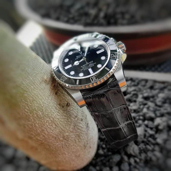 Tali jam tangan Rolex Black Matte Crocodile Domed No Stitching 20/18