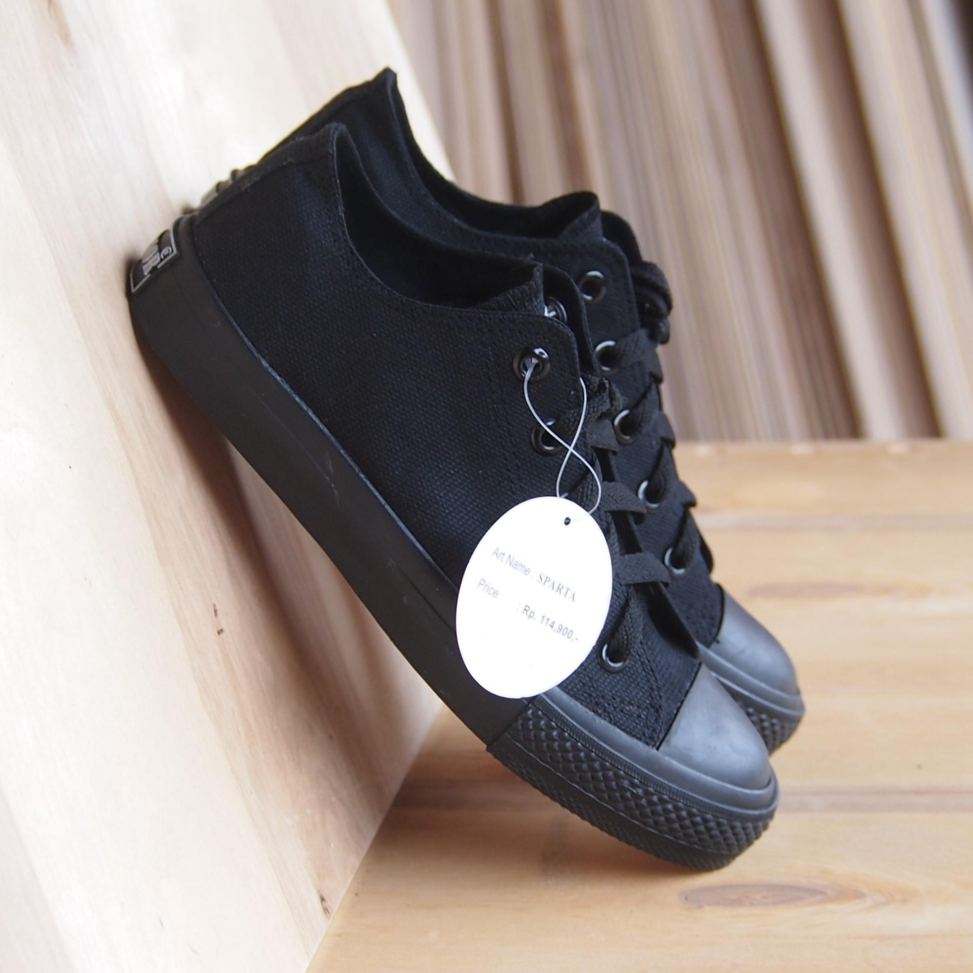 Sepatu Kets Warrior Cewek Cowok MD70 SPARTALC All Black